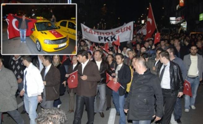 Terör gösterilerle protesto edildi