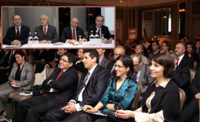 Türk Girişimciler Kurultayı öncesi Londra'da DEİK toplantısı