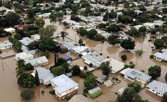 Yunanistan ve Avustralya\'yı sel vurdu