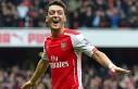 Almanya milli takımı, Mesut Özil'in doğum...