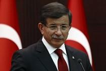 Başbakan Davutoğlu, 64. Hükümeti açıkladı