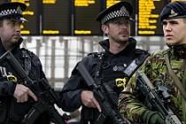 Terörle mücadelede asker-polis omuz omuza