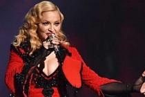 Madonna konserine 18 yaş sınırlaması