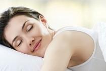 Deliksiz uykunun sırrı aynı saatte kalkmak
