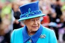 Kraliçe II. Elizabeth'in 90. yaş günü kutlanıyor