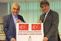 Rum asıllı liderden Türkçe sınavlara destek
