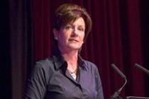 AB ve göçmen karşıtı UKIP'e kadın lider