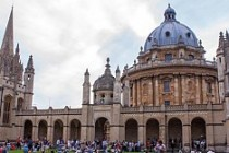 Dünyanın en iyi üniversitesi Oxford