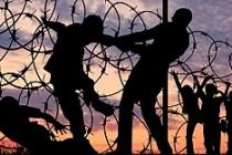 Zengin ülkeler mültecilere duvar örüyor
