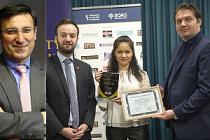 Adana Milletvekili Küçükcan'a Londra'dan 'Onur Ödülü'