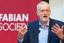 Corbyn'den Brexit'e 'Endişeli' Destek Geldi!