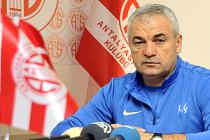 Rıza Çalımbay, Antalyaspor'u ayağa kaldırdı