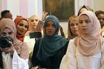 Muhafazakar moda dünyası Londra'da bir araya geldi
