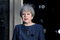 Theresa May neden erken seçim kararı aldı