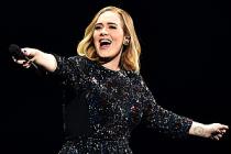 Adele, İngiltere'nin en zengin müzisyeni