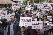 Londra'da 'Adalet Yürüyüşü' yapıldı