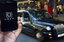 Londra'da Uber'e destek için 400 bin imza toplandı