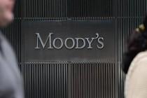 Moody's, Birleşik Krallık'ın kredi notunu düşürdü