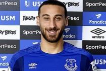 Cenk Tosun resmen Everton'da
