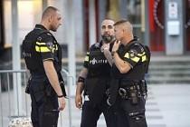 Hollanda'da 14 yaşındaki kıza İslamofobik saldırı