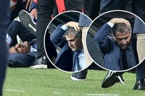 Fenerbahçe-Beşiktaş derbisi olaylar nedeniyle yarım kaldı