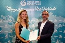 Yunus Emre Enstitüsü'nde Türkçe Öğrenip Sertifika Aldılar