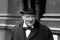 İngiltere'de Churchill tartışması: Kahraman mı, zalim mi?