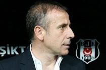 Abdullah Avcı 7 kişiyle birlikte Beşiktaş'a geliyor