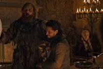 Game of Thrones'taki Starbucks bardağı sosyal medyada alay konusu oldu