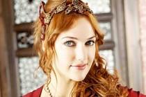 Sun Gazetesi, yasak aşk haberinde Meryem Uzerli'nin fotoğrafını kullandı