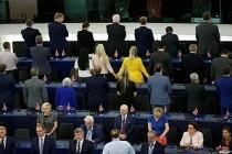 Avrupa Parlamentosu'nda Brexitçilerden protesto