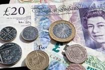 İngiliz Sterlini bir ayda yaklaşık yüzde 3,5 değer kaybetti