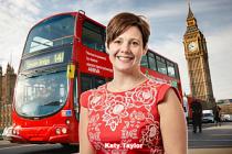 Londra halk otobüslerine kadın şoförler alınacak