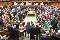 İngiliz Parlamentosu anlaşmasız Brexit'i önleyecek tasarıyı onayladı
