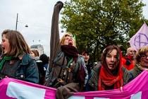Londra'nın her yanında işgal eylemleri