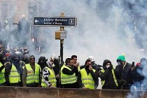 Fransa sosyal kaostan kurtulamıyor