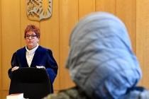 Müslüman kadın başörtüsü nedeniyle Danimarka ordusundan ayrıldı