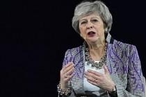 Theresa May, Kadınları 'Erkek Çetesine' Karşı Uyardı