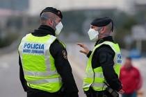 Avrupalılar ilk kez zorunlu evlerine kapanıyor