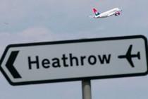 İngiltere'de Koronavirüs nedeniyle uçaklar boş sefer yapıyor