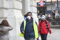 İngiltere'de Koronavirüs'ten 3. Ölüm
