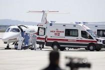 İsveç'teki Türk Hasta Ambülans Uçakla Türkiye'ye Getirildi