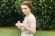 Kraliçe II. Elizabeth'in Hiç Yayınlanmamış Fotoğrafları