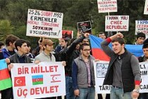 ABD'de Hocalı katliamı protestosu