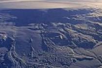 İzlanda'da yeniden yanardağ alarmı