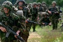 İngiliz ordusu tasarruf için küçülüyor
