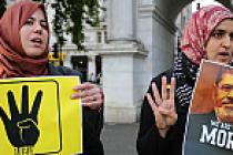 Mursi'ye verilen idam cezası Londra'da protesto edildi