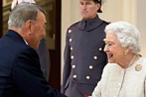 Nazarbayev, Kraliçe 2. Elizabeth ile görüştü
