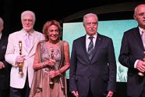Ustalara Altın Koza Yaşam Boyu Onur Ödülü