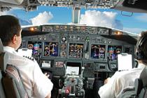 Yardımcı pilot uçağı kaçırdı